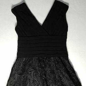 Adriana Papell black dress size 10